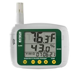 Extech 42280 Hőmérséklet és páratartalom mérő és adatgyűjtő